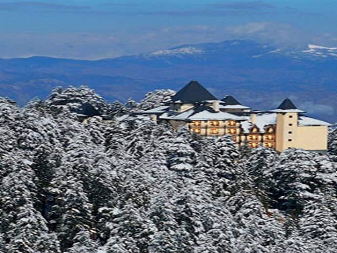 Hotel Oberoi Wildflower Hall in Shimla