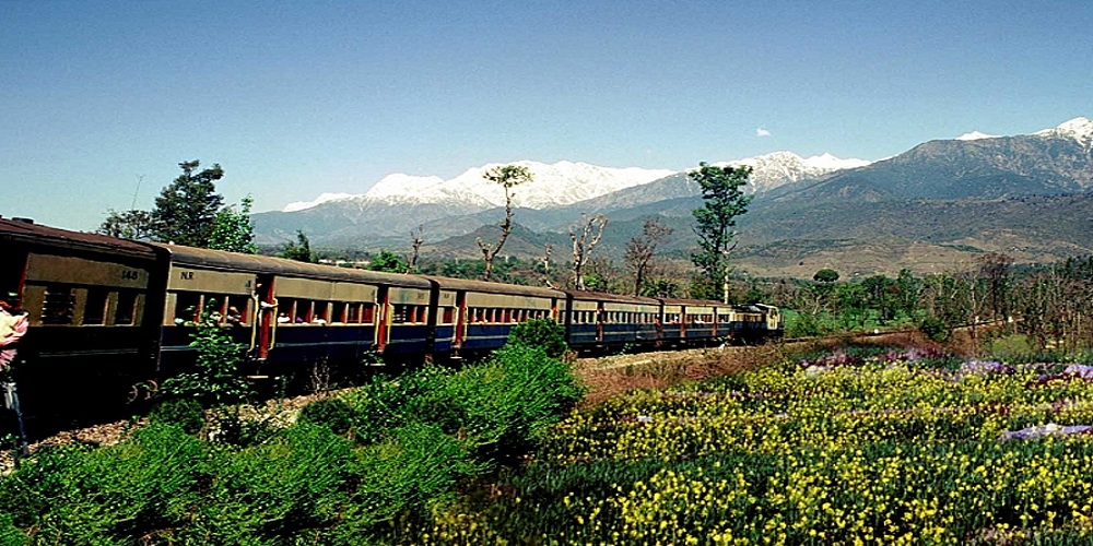 Kalka Train Tour